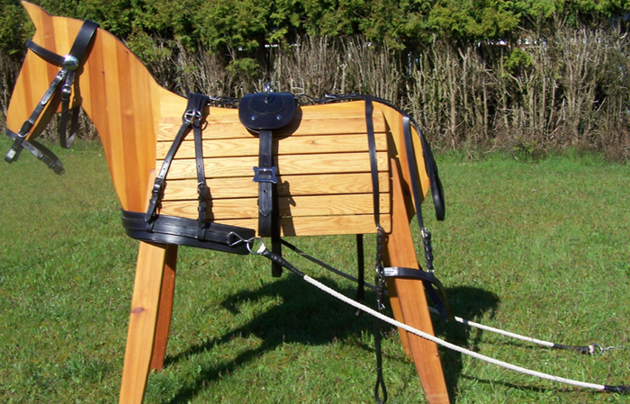Chest blade working harness